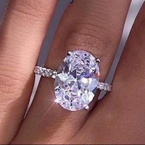 🎀925-6ct Oval Sapphire Ring